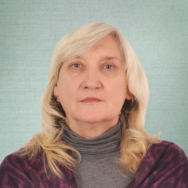 Лошманова Лариса Васильевна